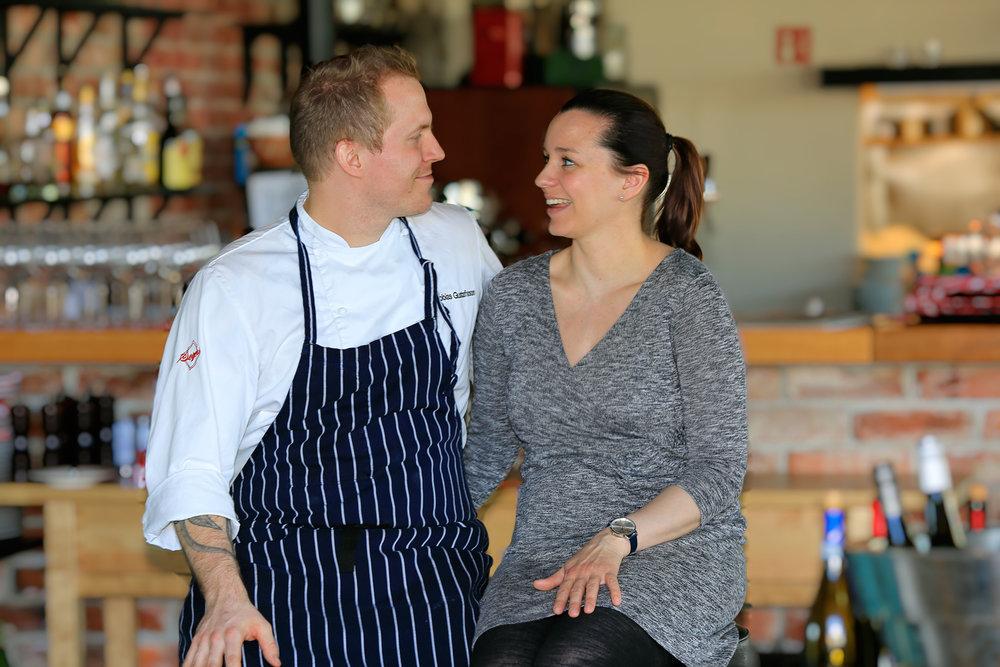 Det er samboerparet Ingeborg Nygaard og Tobias Gustafsson som driver Slippen
