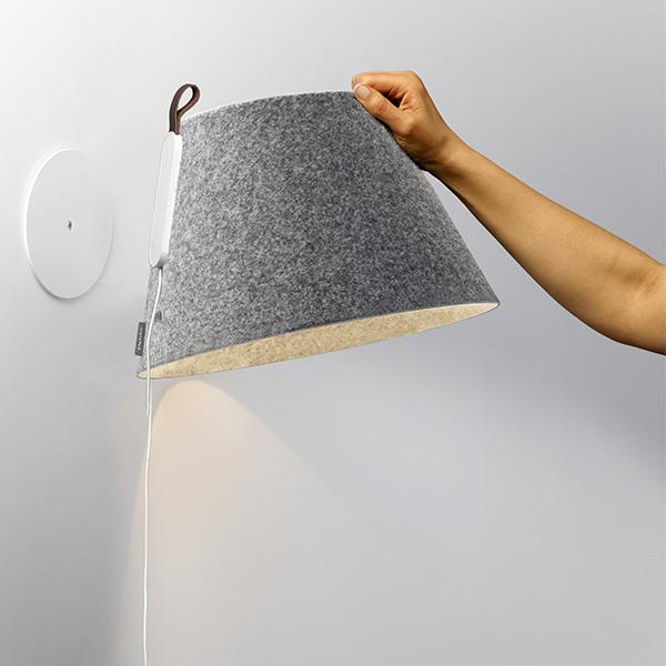 Soft Touch. - Die natürlichen und sanften Oberflächen von Pablo machen jede Leuchte zu einem haptischen Erlebnis. In Kombination mit raffinierten beweglichen Details sind die Leuchten individuell verstellbar und intuitiv in der Handhabung.