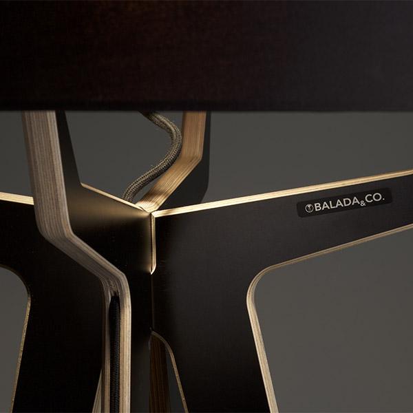 Debut Collection by Balada&Co - Das Münchner Label Balada & Co prägt die Vision zeitlose Objekte mit bleibendem Wert zu erschaffen.Licht und Leuchten mit Charakter und Präsenz, deren Design durch eine klare und schlichte Formensprache besticht. Die Debut-Kollektion kommt in klassischen und modernen Formen und Farben und bietet für jeden die richtige Kombination.