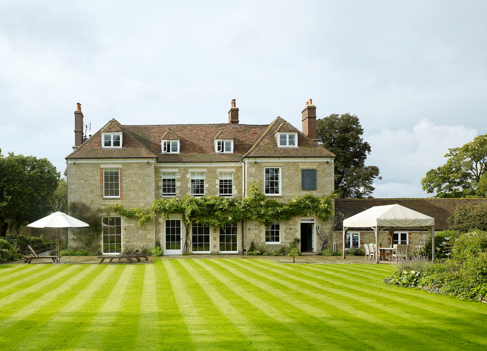 Jill Scholes Interior Design, Oxfordshire Country House, exterior view from back garden