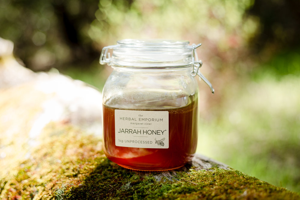 Jasmine-Ann-Gardiner-Food-Product-Photographer-Herbal-Emporium-MargaretRiver.jpg