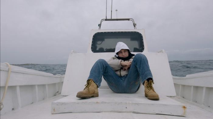 海上火焰 Fuocoammare  导演:吉安弗兰科·罗西 类型:纪录片 制片国家/地区:意大利 / 法国
