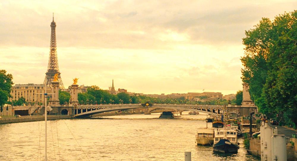还记得    五年前的《午夜巴黎》是如何唤起了你心目   中的巴黎吗?