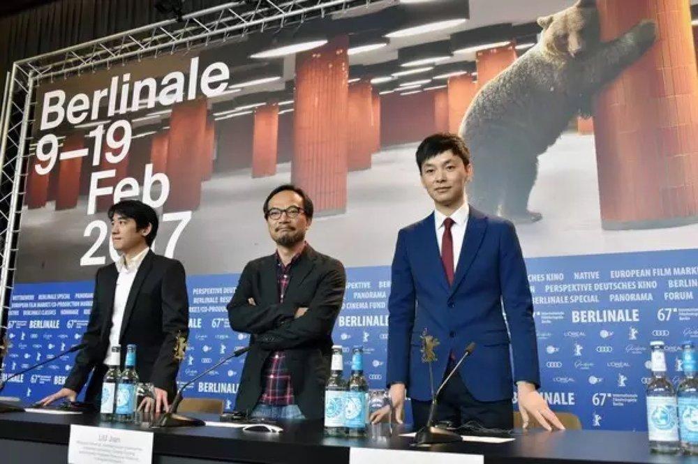 《好极了》剧组在柏林电影节新闻发布会 右一为制片人杨城