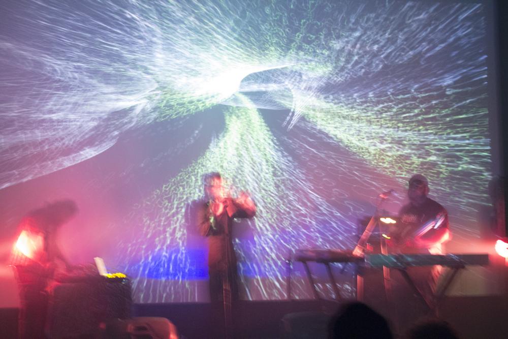 autocorrect_onstage3.jpg
