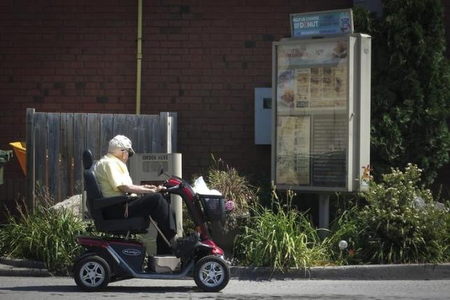 When seniors stop driving, social isolation looms