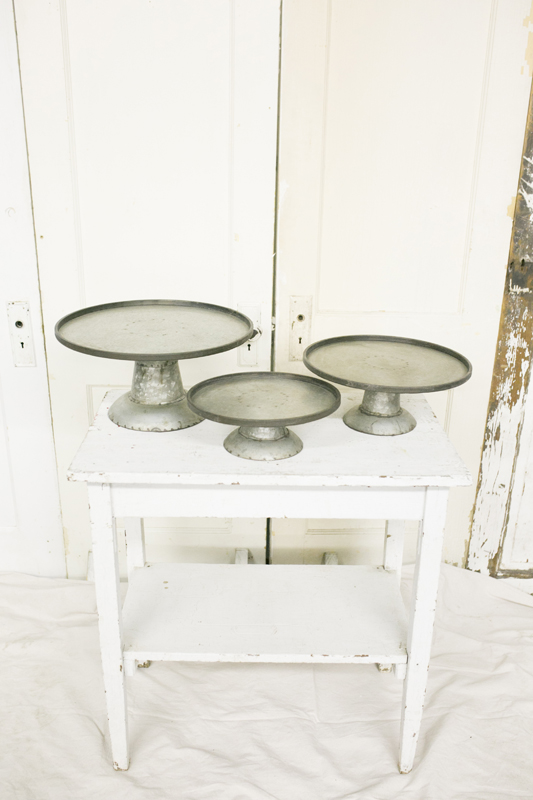 Metal Pedestal Cakestands~Rental $30
