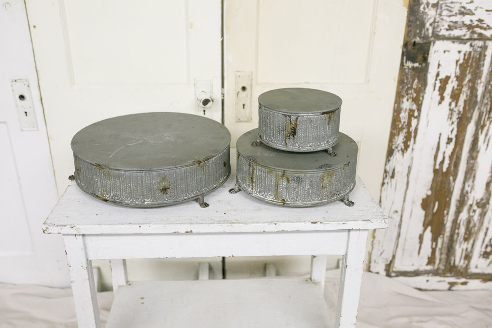 Metal Round Cakestands~Rental $30