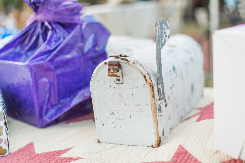 White Mailbox~Rental $12
