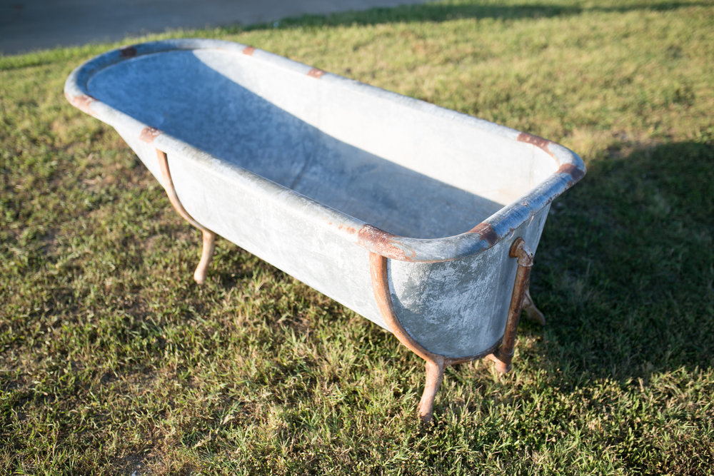 Galvanized Tub~Rental $35