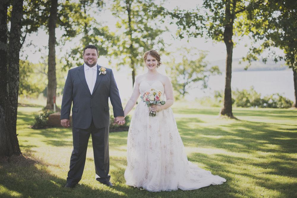 bobby-jessica-tulsa-wedding-la-vintage-rentals-06.jpg