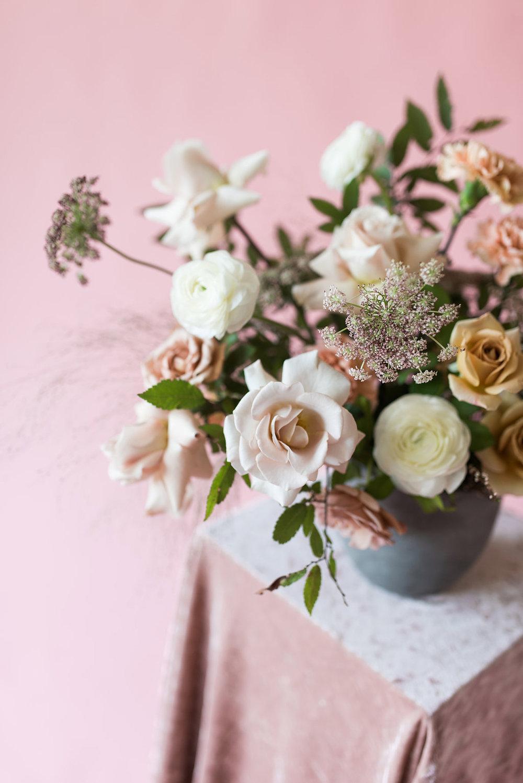 la-vintage-rentals-tulsa-ok-anthousai-floral-design-01.jpg