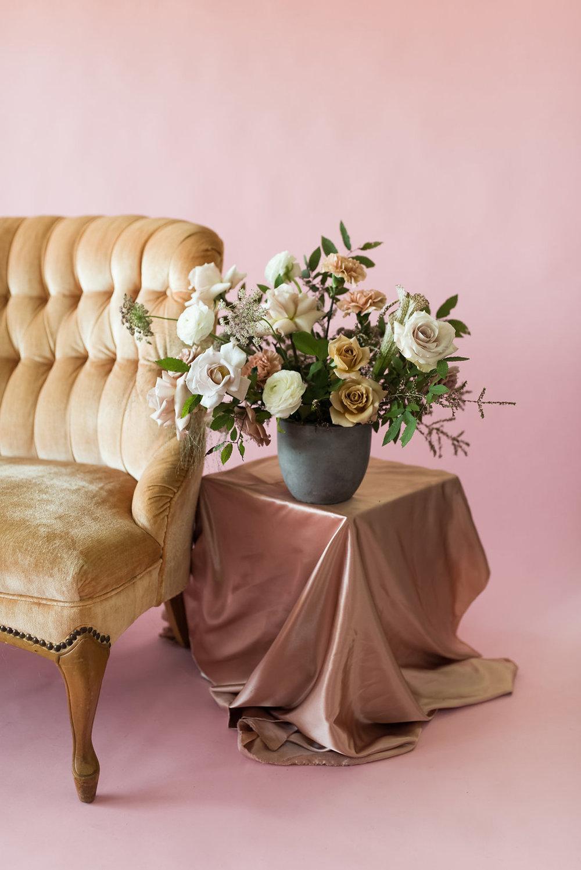 la-vintage-rentals-tulsa-ok-anthousai-floral-design-07.jpg