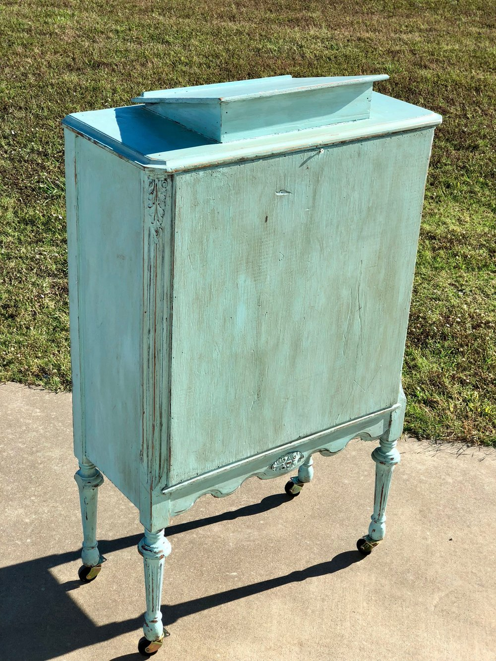 Guestbook Stand~Rental $25