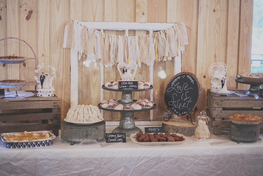 bobby-jessica-tulsa-ok-wedding-la-vintage-rentals-10.jpg