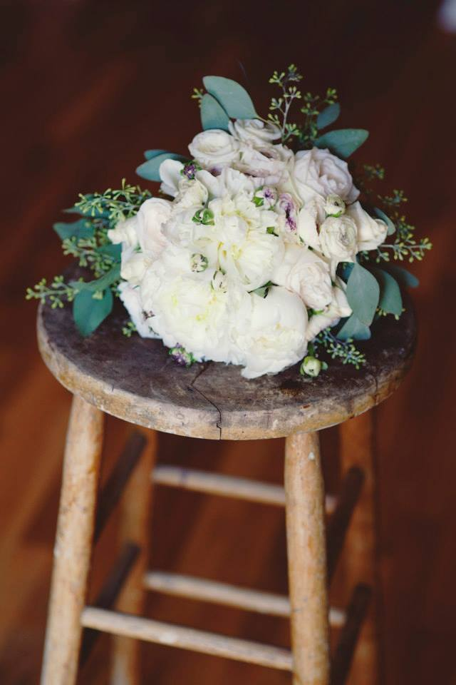 sam-christine-tulsa-wedding-la-vintage-rentals-02.jpg