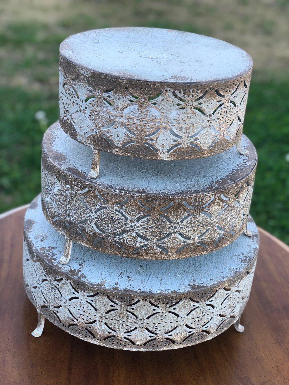 White Round Cakestands~Rental $30