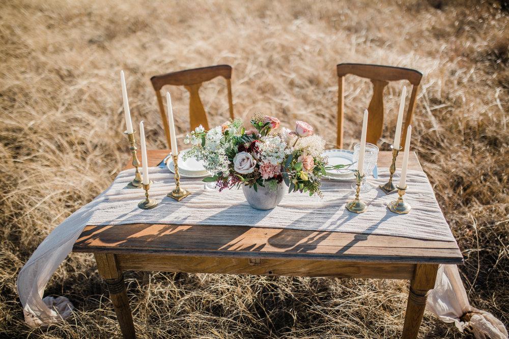 gloss-mountain-wedding-la-vintage-ok-rentals-01.jpg