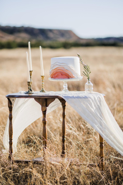 gloss-mountain-wedding-la-vintage-ok-rentals-09.jpg