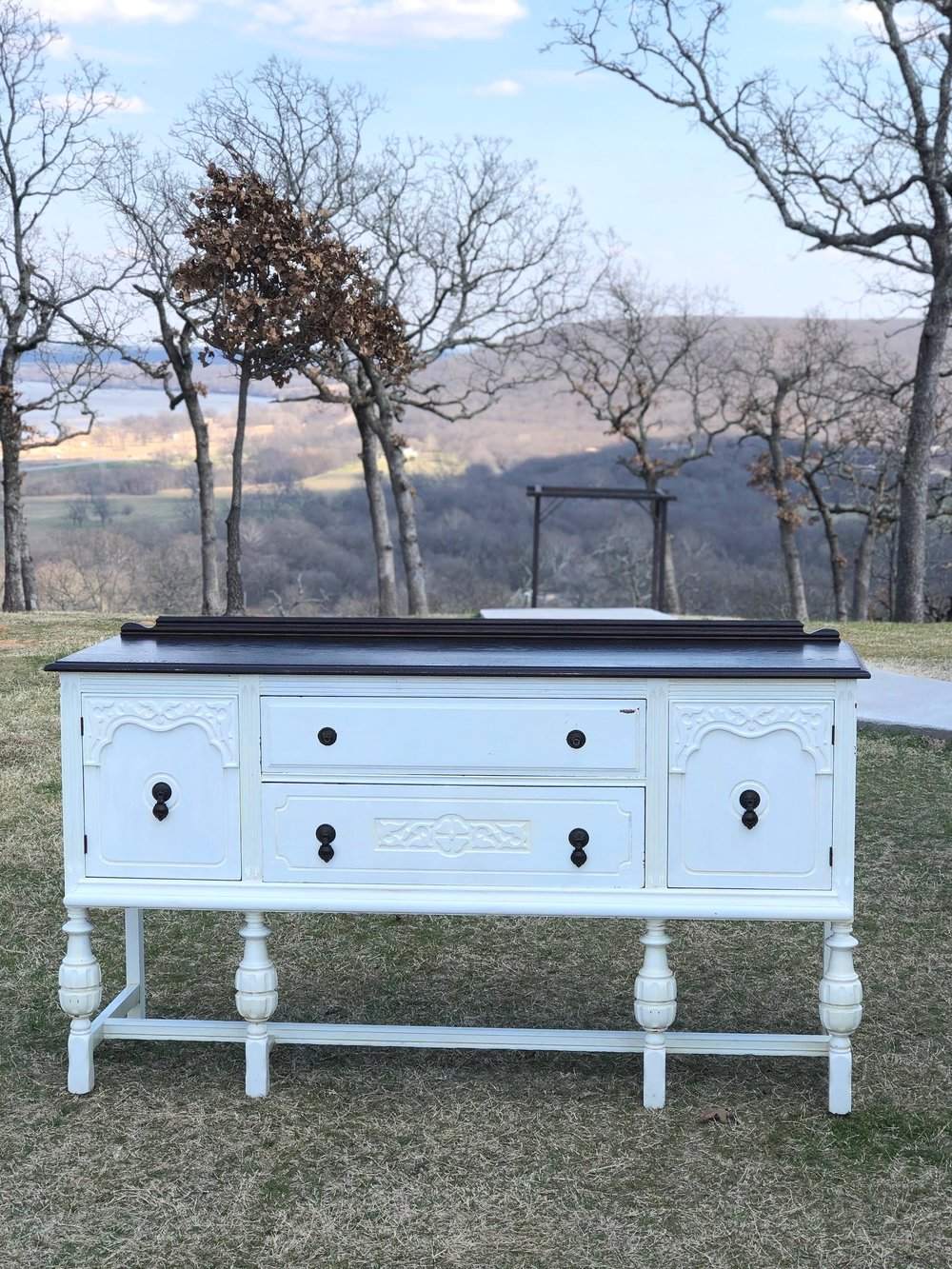 Collins Buffet~Rental $95