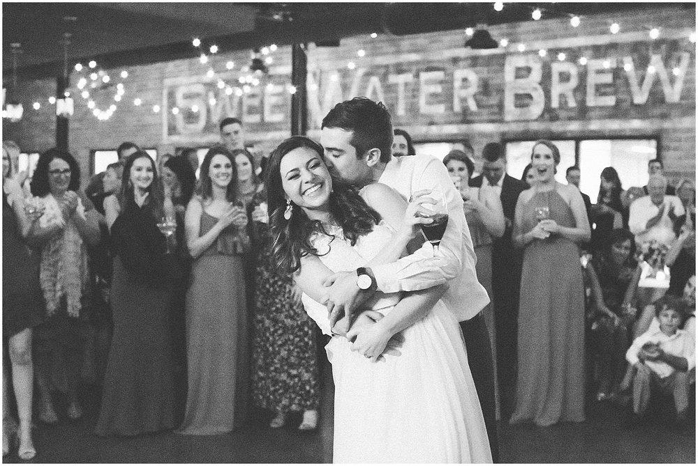 Paige_Molina_Wedding_Photographer_Fine_Art_Photography_Traditional_Inspiration_Elegant_Classic_Bride_Atlanta_Wedding__0246.jpg