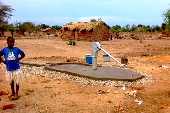 TENGANI WATER3.jpg