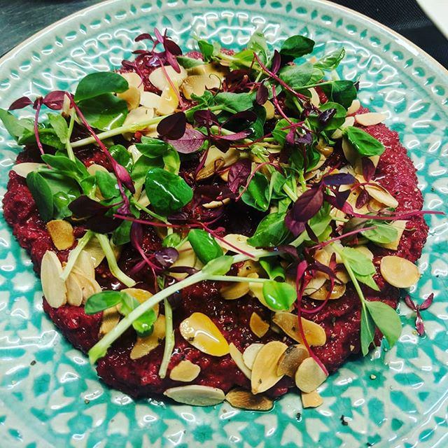 Our roasted beetroot hummus tastes as good as it looks! #pretty #delicious #vegan