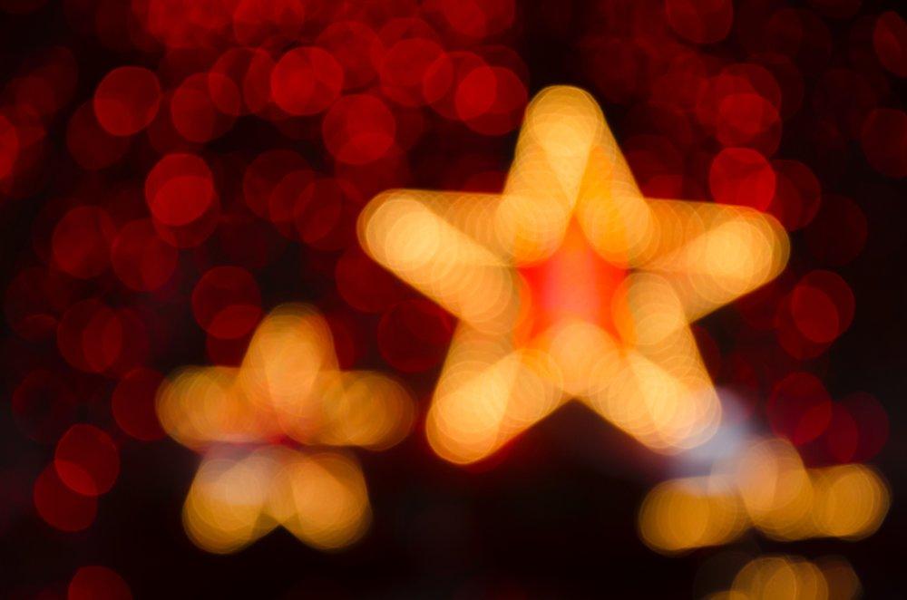blurred-blurry-bright-1556654.jpg