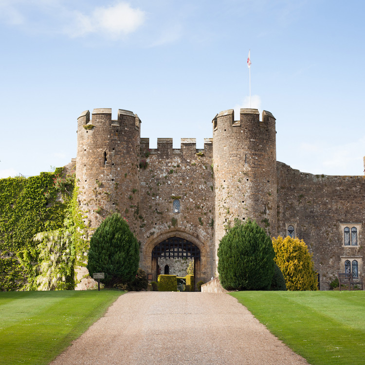 Amberley Castle    SEARCH JOBS →