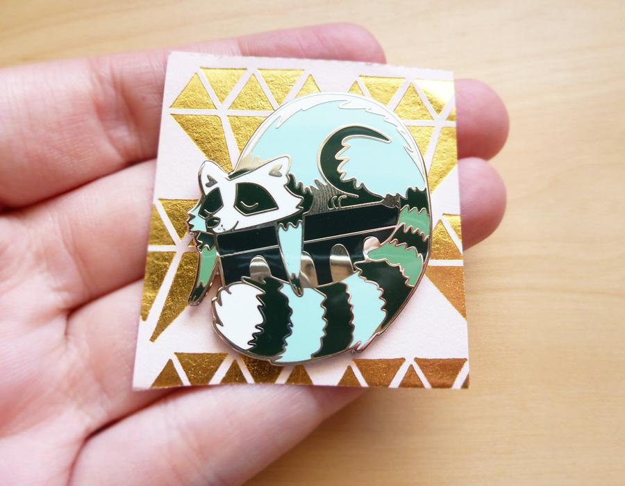 pin_raccoon_03.jpg