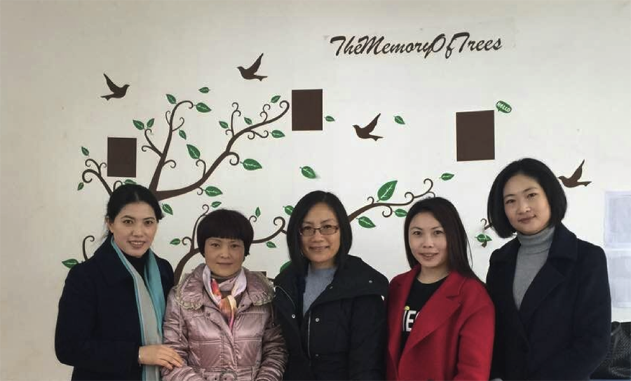 Ms. Zhongqin Yao (first from left) and Ms. Mei Li (first from right) with Gisela and two English teachers from Zunyi No. 1 High School.