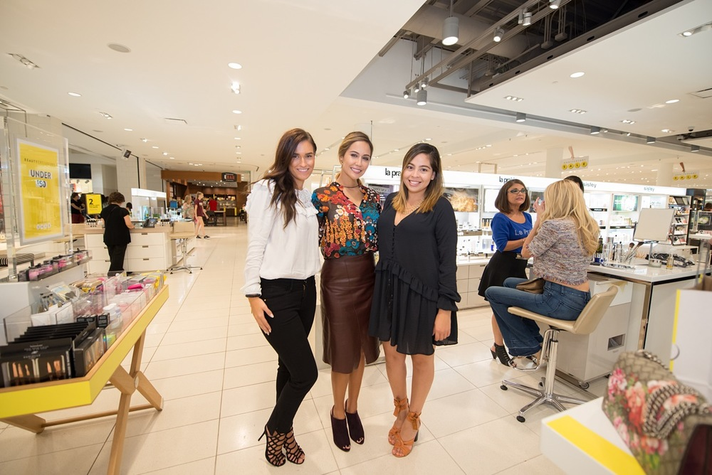 With my Nordstrom stylist Caitlyn and Yesenia, Styling Sales Coordinator