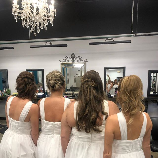 Congrats to our recent bride Mary!! Thanks for choosing us for your bridal needs!! 🥂 . . #hairandbodyelements #michigansalon #michiganstylists #eastlansing #eastlansingsalon #maryandscotttietheknot #whitewedding #hairbycarleana #lovewhatwedo #updo #formalwork #michiganwedding #michiganbride