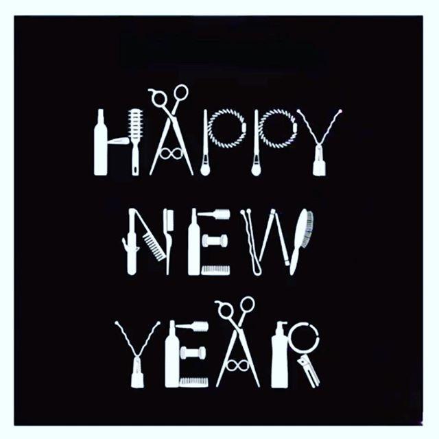 ✨Happy New Year!✨ Thank you for a fabulous 2018!! Let's make 2019 even better!! #eastlansingsalon #michigansalon #hairandbodyelements #lovewhatwedo #lovelansing #happynewyear #thankyou