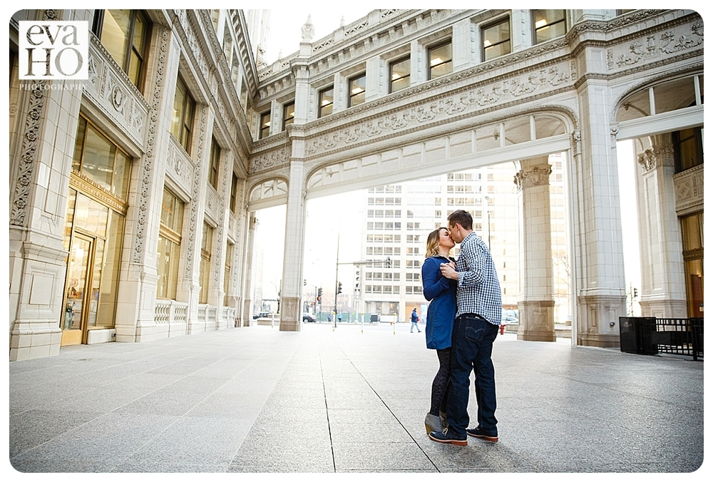 Engagement session downtown Chicago