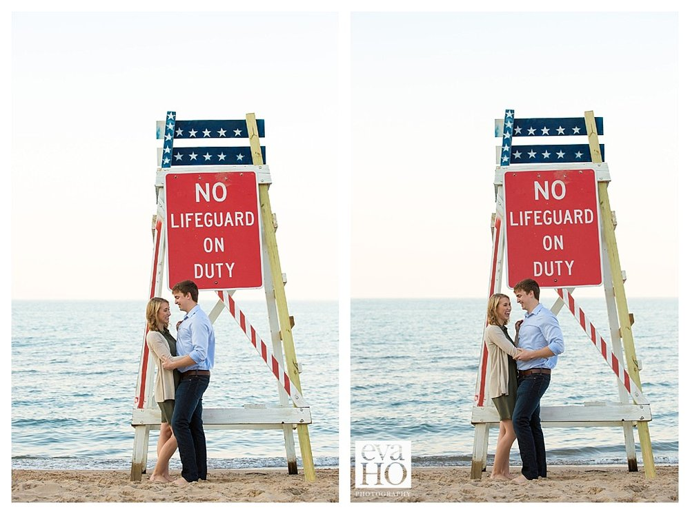 evanston_lighthouse_engagement_session.jpg
