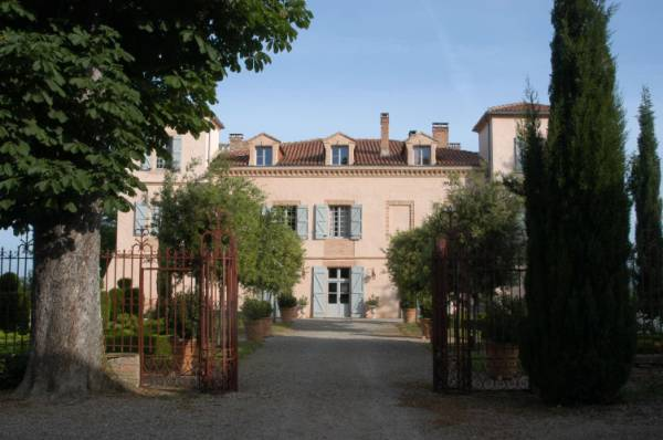 Chateau Dumas x Chateau Sonoma | Culinary and Antiquing vacation in France