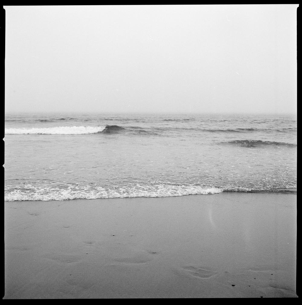 Beach_02.jpg