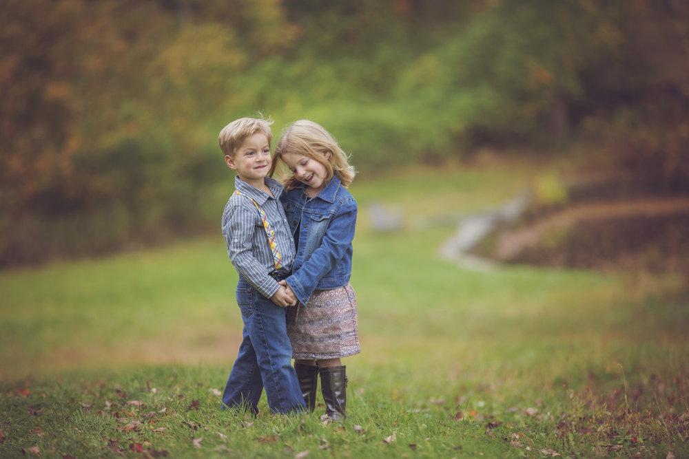 photoshoot_siblings.jpg