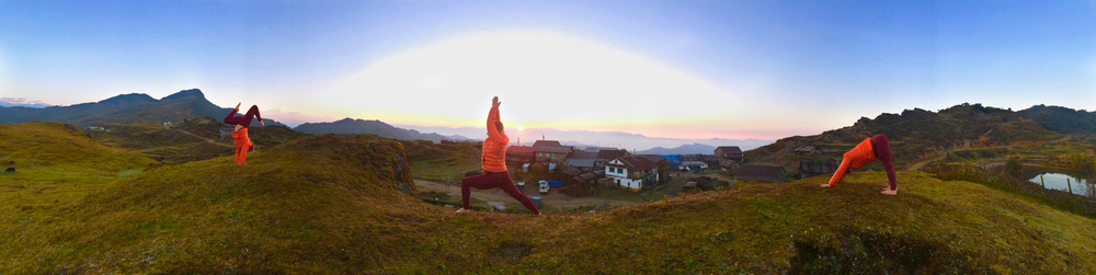Nepal.EastNepal.GuphaPokhari.Kathy.3.Sunrise.jpg