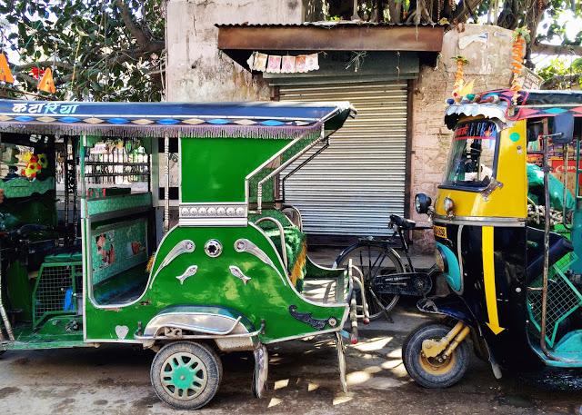 nalawghar green tuktuk.jpg