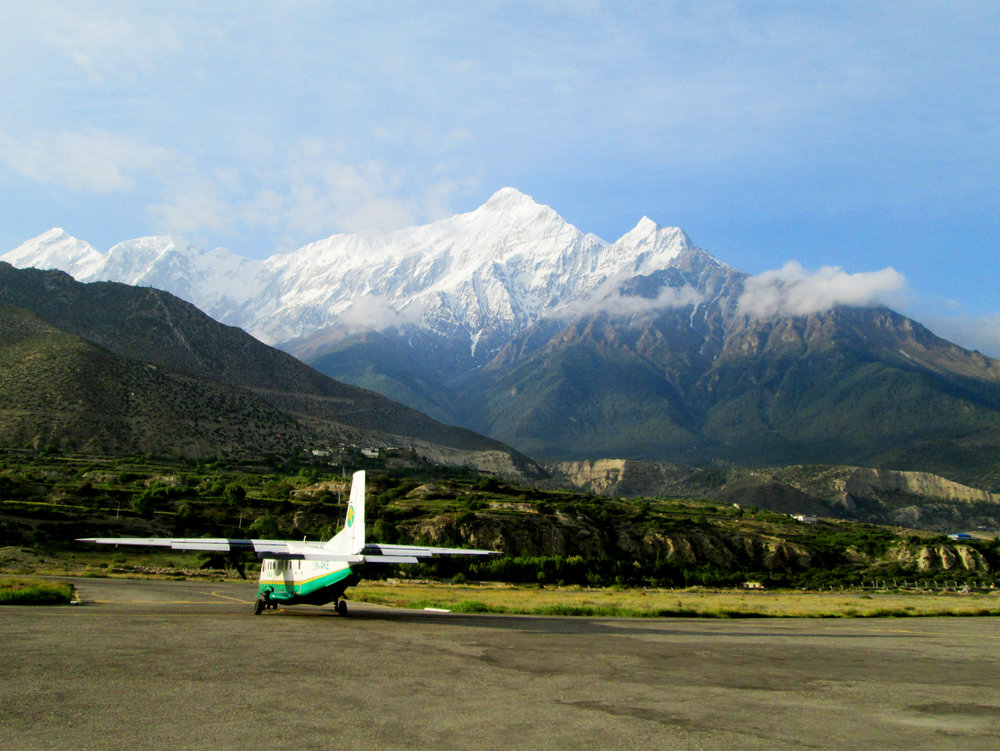 Nepal.Mustang.PlaneLandingJomsom.jpg
