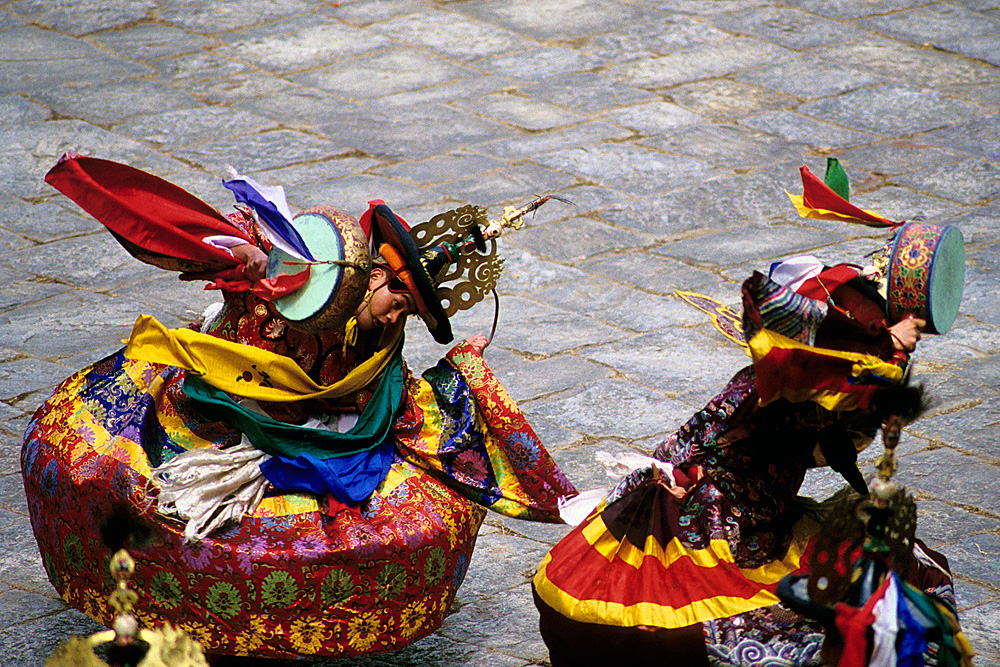 Bhutan.Paro.Tsechu.BlackHatDance.jpg