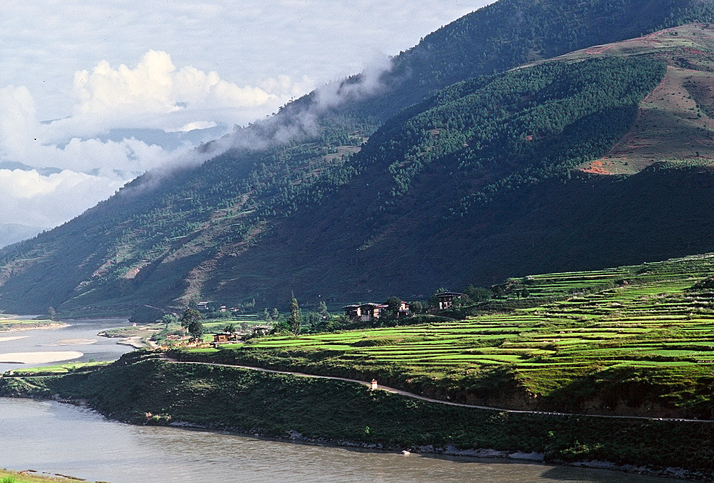Bhutan.Punakha.Valley.jpg