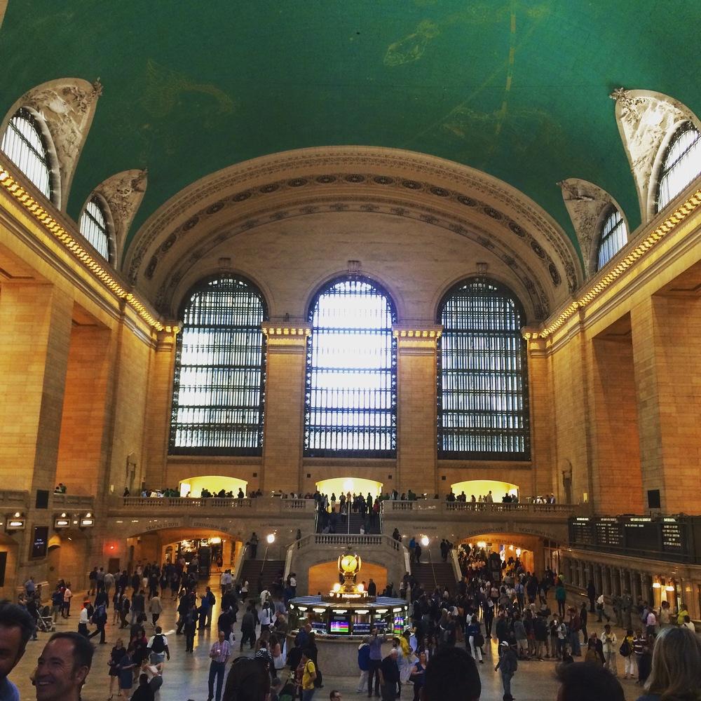 Grand Central Terminal. Al fondo estála Apple Store.