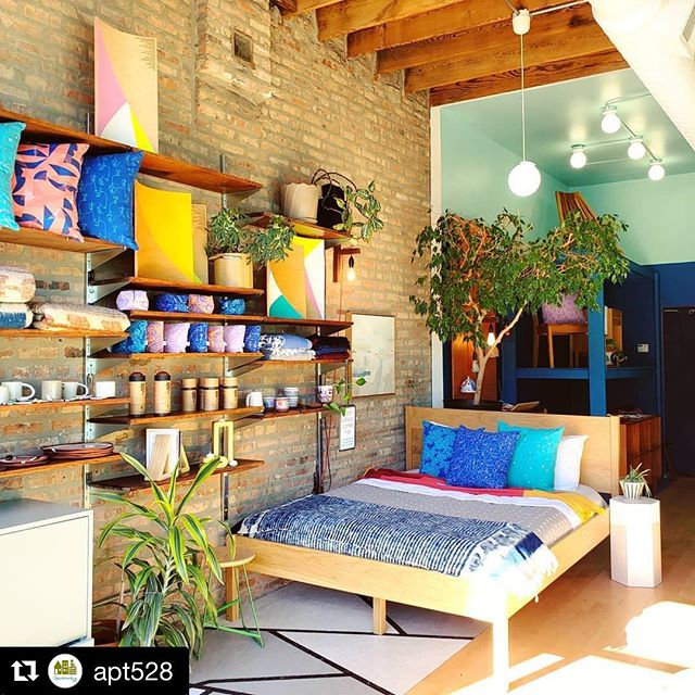 Weather is getting colder but that doesn't matter when your @pintl_and_keyt pillows are THIS colorful! TIME TO GET COZY! 📸: @apt528