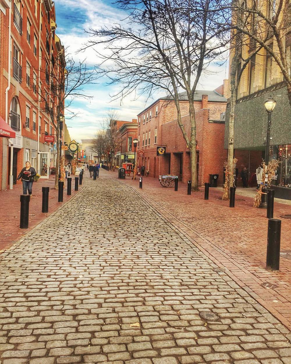 creative-salem :     What a difference 48 hours makes. #salemma where'd you all go lol #creativesalem      It looks like peace and quiet has returned to Salem, MA, post-Halloween. Seems like heaven to an introvert like me.  A.M.
