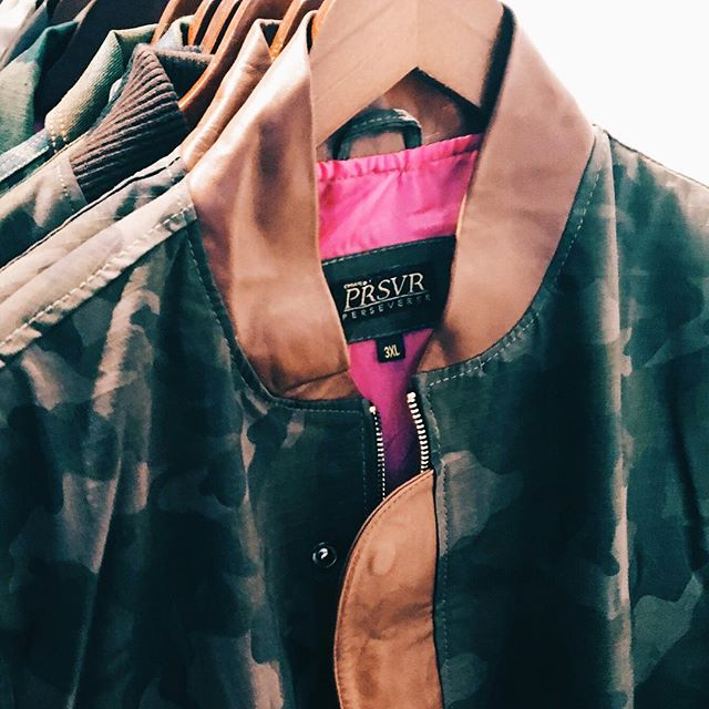 #waxedcanvas #camo #gloriouspink #prsvr (this week on cedar cathedral)