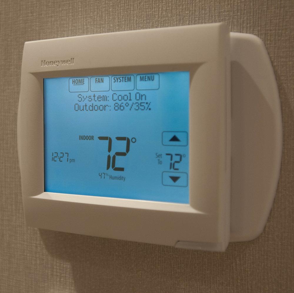 Programmable 24/7 Suite Temperature Controls