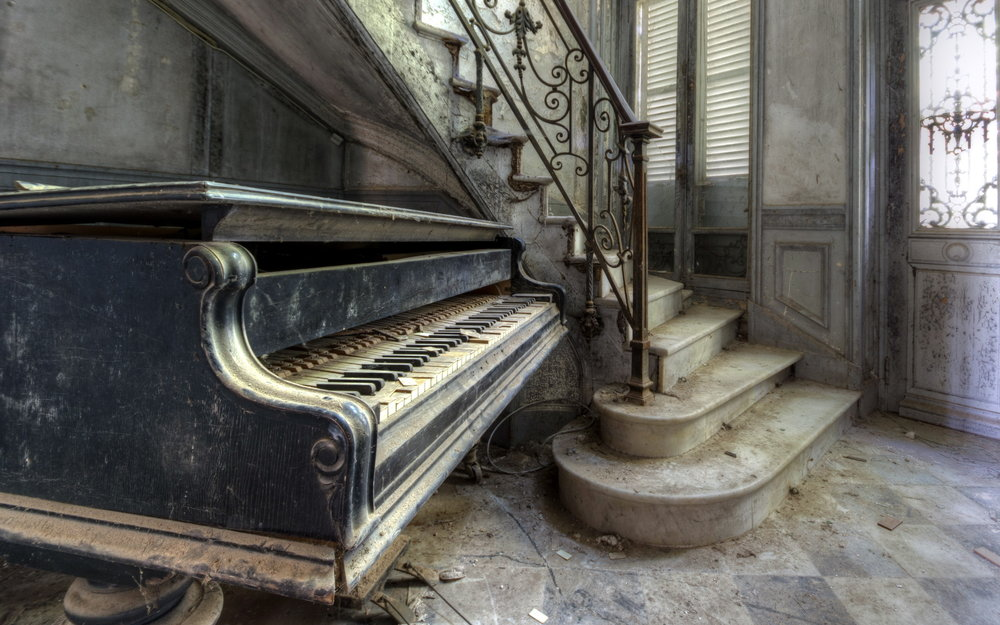 Old-piano.jpg
